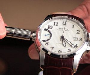 [PR]前代未聞! はてなが高級腕時計をPR? 「ブローバ アキュトロン」の腕時計をはてなスタッフが着けてみた