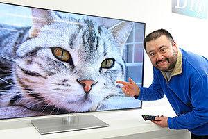 [PR]スタパ齋藤さんが新・VIERAで遊び倒す! 前編:ネコ写真&マイホーム機能でご満悦!