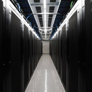 [PR]最新鋭データセンターに萌える「第2回 さくら石狩DC見学ツアー」 東京発に加え大阪発&札幌集合プランも