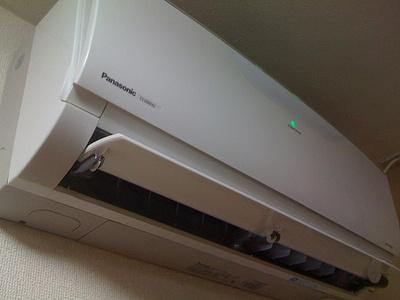 ホコリ、たまっていませんか?自宅でできるエアコン&扇風機の掃除法