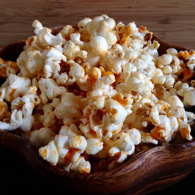 味付けいろいろ、おいしいポップコーンを作ろう! 食感良く仕上げるコツもの画像