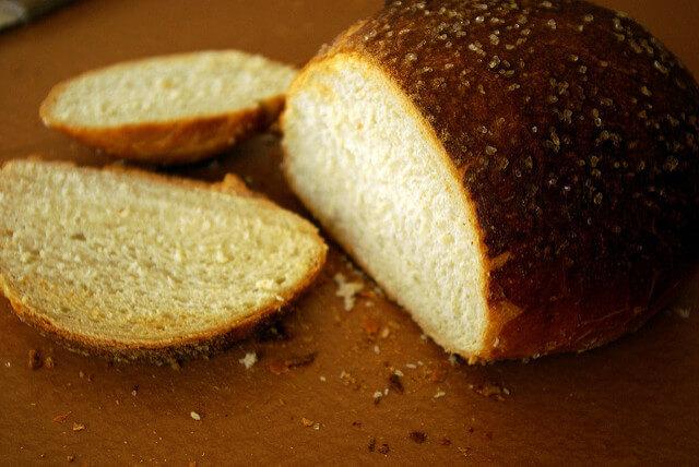 パンの耳・切れ端をおいしく食べるレシピ ラスクやカツ丼、おつまみも!