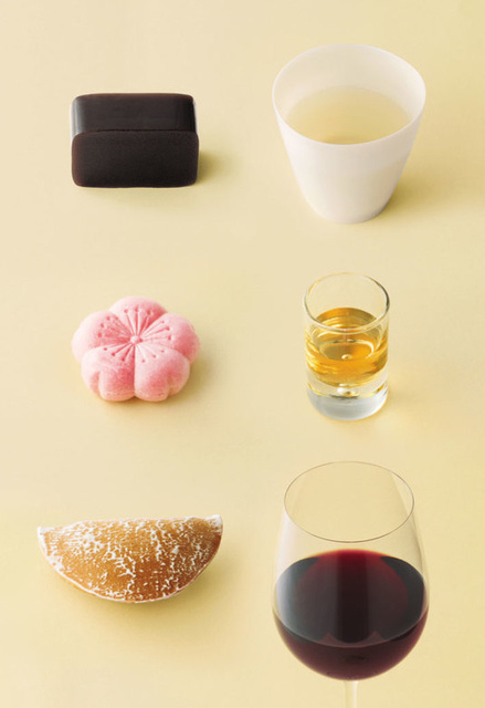 とらやの和菓子と合うお酒を提案する企画展「和菓子で酔う」 日本酒入りのようかんも限定販売