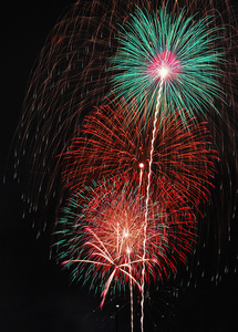 場所選びのコツ、花火の雑学――夏の風物詩「花火大会」を攻略しよう