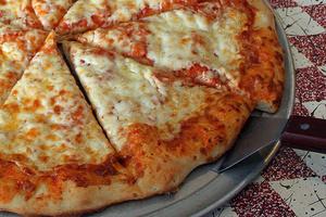 まるでできたて? 冷めたピザやフライドポテトをおいしく食べる方法