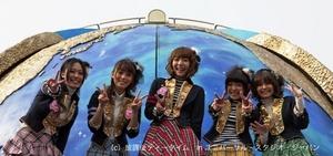 放課後ティータイムのライブに5000人が熱狂! USJの「けいおん!」イベントレポ