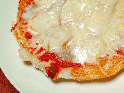 サクサク、とろーりな餅ピザはいかが?余った餅でアイデアレシピ
