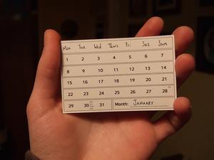 """無料で印刷できる2012年の「カレンダー」  定番の""""卓上""""からペーパークラフトまで"""